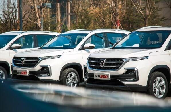 """10万级高品质SUV""""地表最强"""",宝骏530型游仙境"""