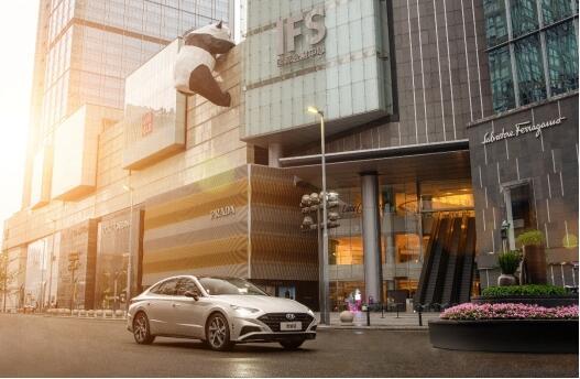 预售价格16.48万元起的第十代索纳塔,凭什么成为B级新标杆?