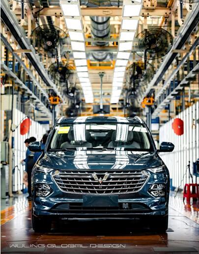 全球银标首款旗舰车型第一台五菱凯捷正式下线