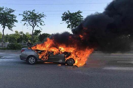 威马汽车再次自燃,地下停车场禁止新能源汽车,上市影响多大?