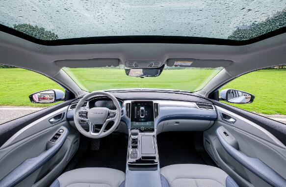 十月高端纯电品牌轿车销量冠军出炉,上汽R汽车ER6高票当选!