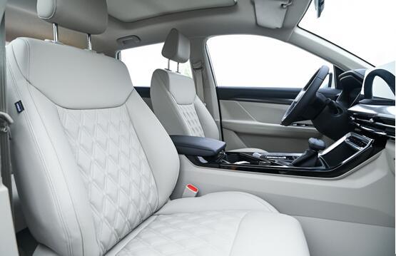 五菱星辰 上市仅10天订单破5000,10万内最能打的SUV